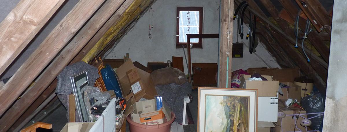 Dachboden vor der Haushaltsauflösung - im Raum Bad Berleburg, Schmallenberg oder Winterberg