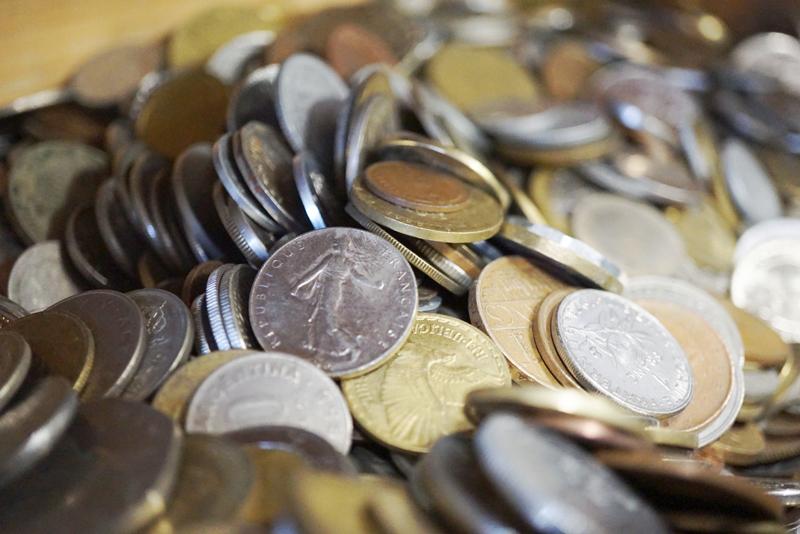 Antiquitäten Ladenlokal Trödelladen Münzen